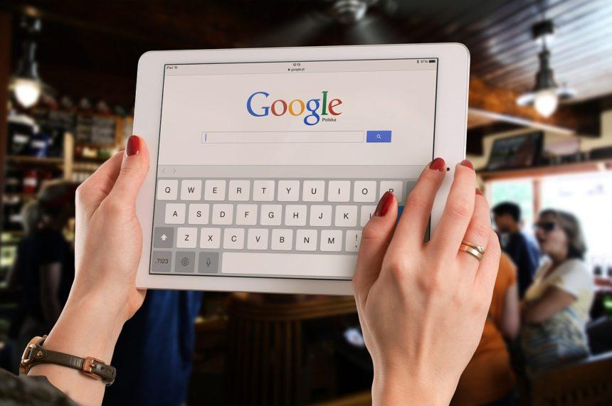 Francia: Google pagherà gli editori per la pubblicazione dei contenuti