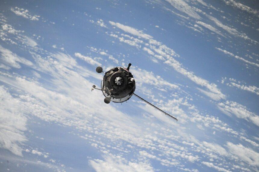 SpaceX e Microsoft lanciano Azur Space, progetto per conquistare lo spazio