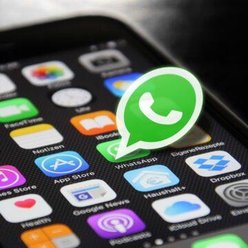 WhatsApp, messaggi vocali: arriva la trascrizione, ecco come funziona